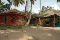 ko-sa beach resort ampenyi Ghana