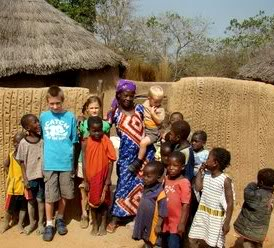 Bezoek aan traditioneel dorp 'Larabanga' bij Mole